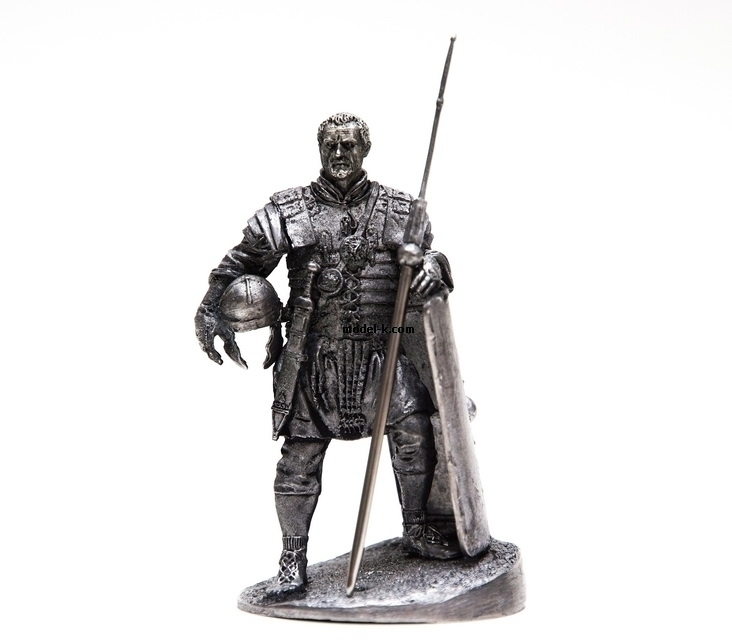 1:32 Scale Metal Miniature of Evocatus