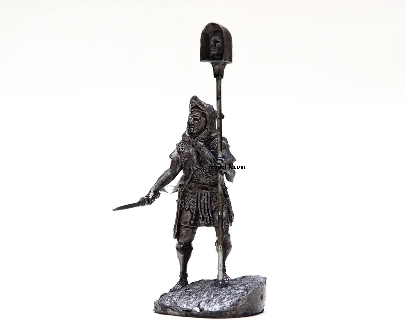 1:32 Scale Metal Miniature of Roman Imaginifer