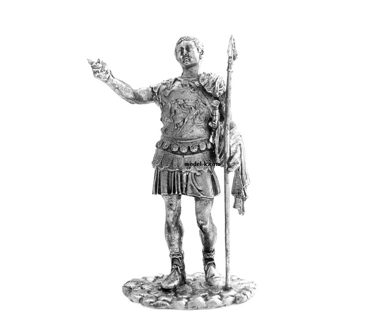 1:32 Scale Metal Figure of  Roman Emperor