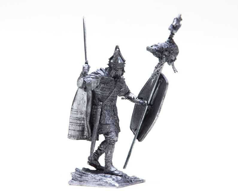 1:32 tin figure of Celtic Chieftain