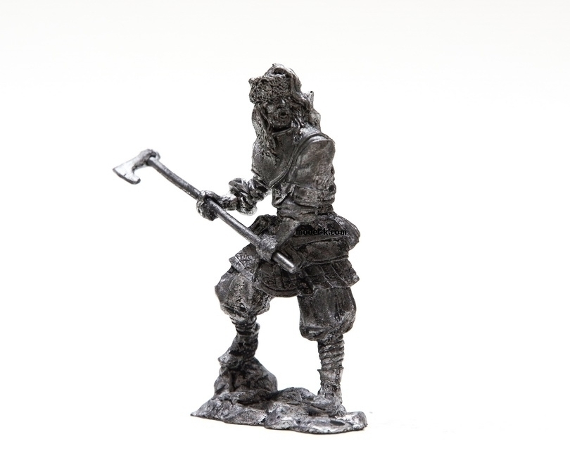 1:32 tin figure of Viking  IX-X cent.