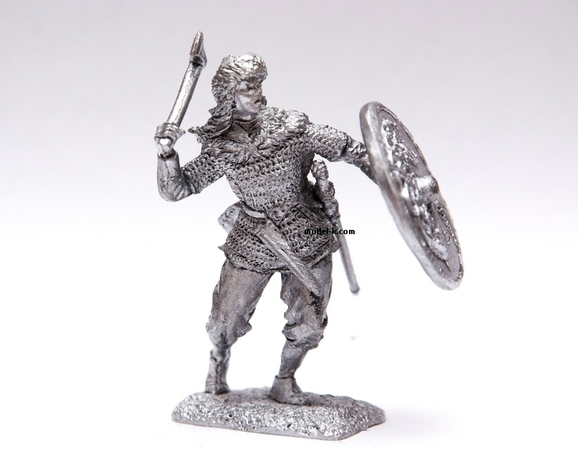 1:32 tin figure of Valkyrie