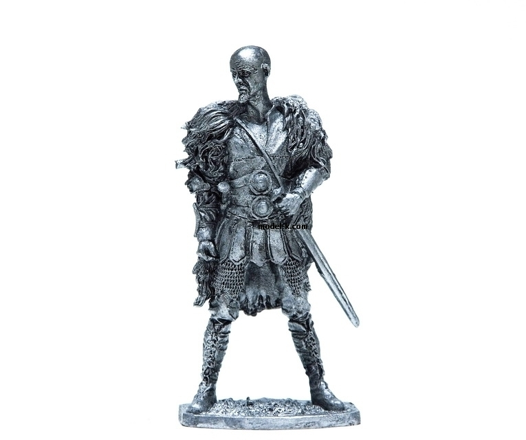 1:32 tin figure of Saxon Warrior