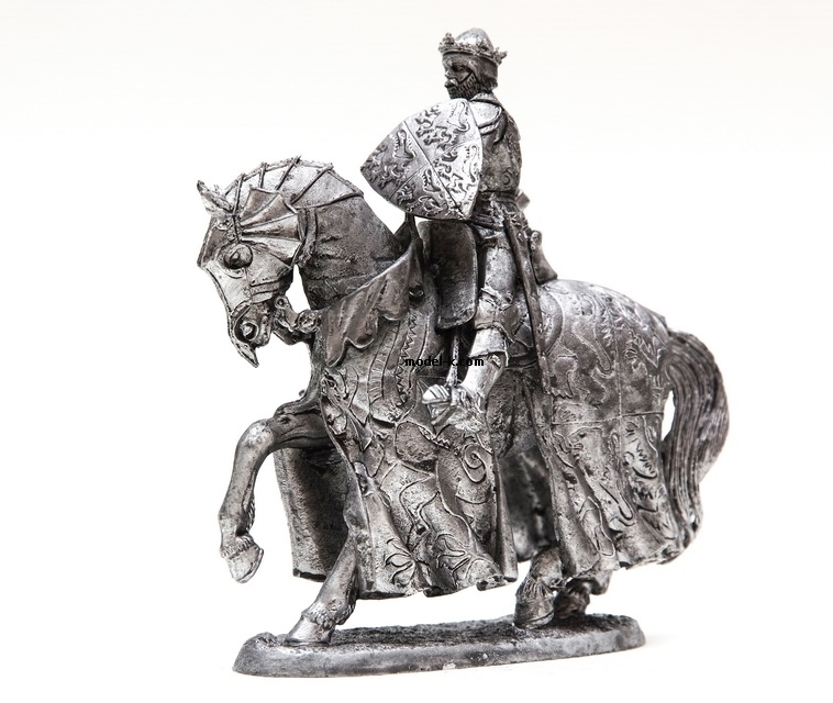 Figure on horse. Scale 1/32. King Henry V Cavalry Figure