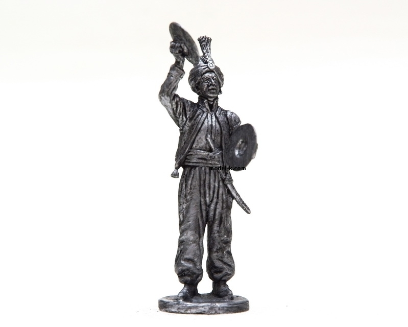 1:32 Scale Metal Miniature of Cembalist of orchestra